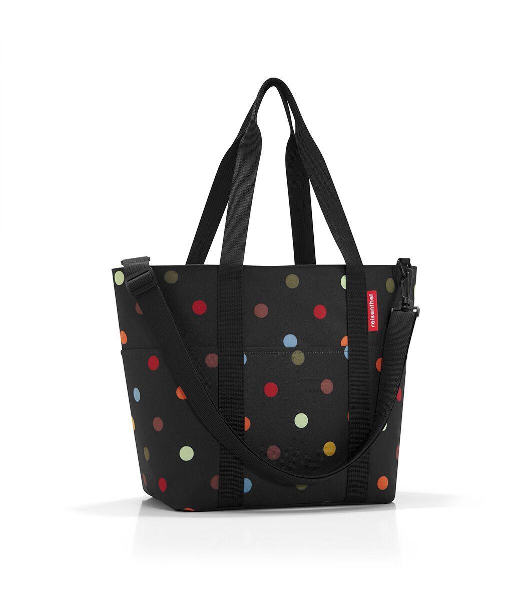 Сумка-шоппер жен. Reisenthel, цвет: черный. MZ7009MZ7009Универсальная сумка для прогулок, пикника или шоппинга. Продуманный дизайн сочетает внешнюю привлекательность и исключительную практичность. Изобилие карманов и отделений помогает держать в порядке даже большое количество разнообразных вещей. - вместительное основное отделение на молнии; - 2 удобные ручки для переноски; - съемный регулируемый наплечный ремень; - 4 внешних и 6 внутренних отделения. - небольшой потайной карман, вшитый в подкладку; - подкладка на дне, обеспечивающая прочность и стойкую форму; - материал: высококачественный водостойкий полиэстер; - объем – 15 литров.