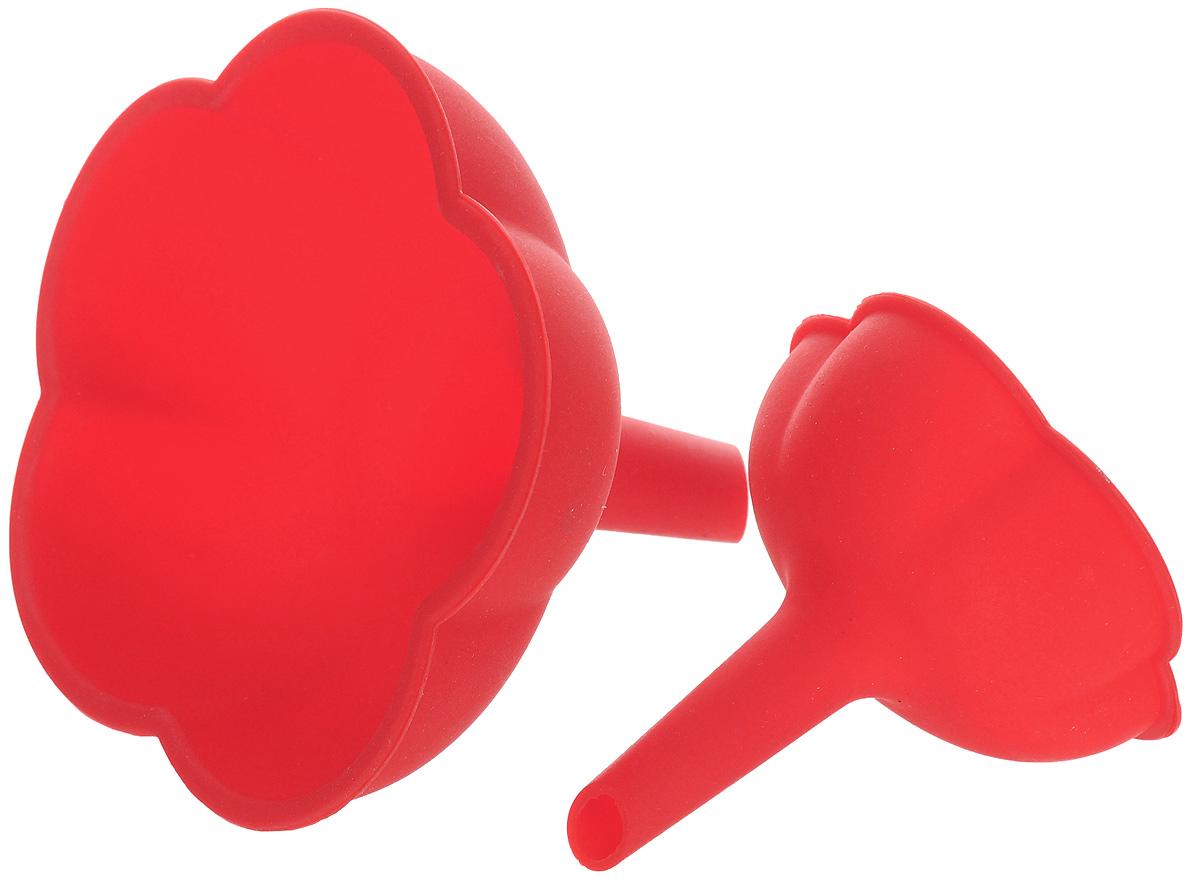 Набор воронок Mayer & Boch Цветок, цвет: красный, 2 шт. 44304430_красныйНабор воронок Mayer & Boch Цветок изготовлен из высококачественного силикона. Предназначены для переливания жидкостей в сосуд с узким горлышком. Воронки плотно прилегают к краям наполняемой емкости, поэтому вы ни капли не прольете мимо. Такие воронки станут прекрасным дополнением к коллекции ваших кухонных аксессуаров. Размер воронок: 11 х 11 см, 7,5 х 7,5 см. Высота воронок: 10,5 см, 8 см.