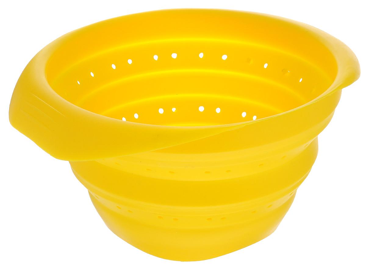 Дуршлаг складной Mayer & Boch, цвет: желтый, диаметр 23 см4431-4Силиконовый складной дуршлаг Mayer & Boch удобен и компактен в хранении. Благодаря уникальной конструкции, в сложенном виде дуршлаг занимает мало места и легко помещается в любой ящик или полку. Выдерживает температуру до +210°С, имеет эргономичные ручки, не впитывает запахи и легко моется в посудомоечной машине. Ширина (с учетом ручек): 23 см. Диаметр: 19 см. Максимальная высота: 11,5 см. Минимальная высота: 3 см.