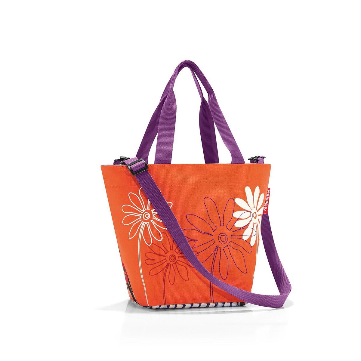 Сумка женская Reisenthel, цвет: оранжевый, фиолетовый, белый. ZR4043ZR4043Компактная женская сумка Reisenthel, выполненная из текстиля, оформлена оригинальным принтом и вышивкой. Сумка имеет одно отделение, которое закрывается на застежку-молнию. Внутри расположен нашивной карман на застежке-молнии. Сумка оснащена двумя ручками. В комплект входит съемный регулируемый наплечный ремень.