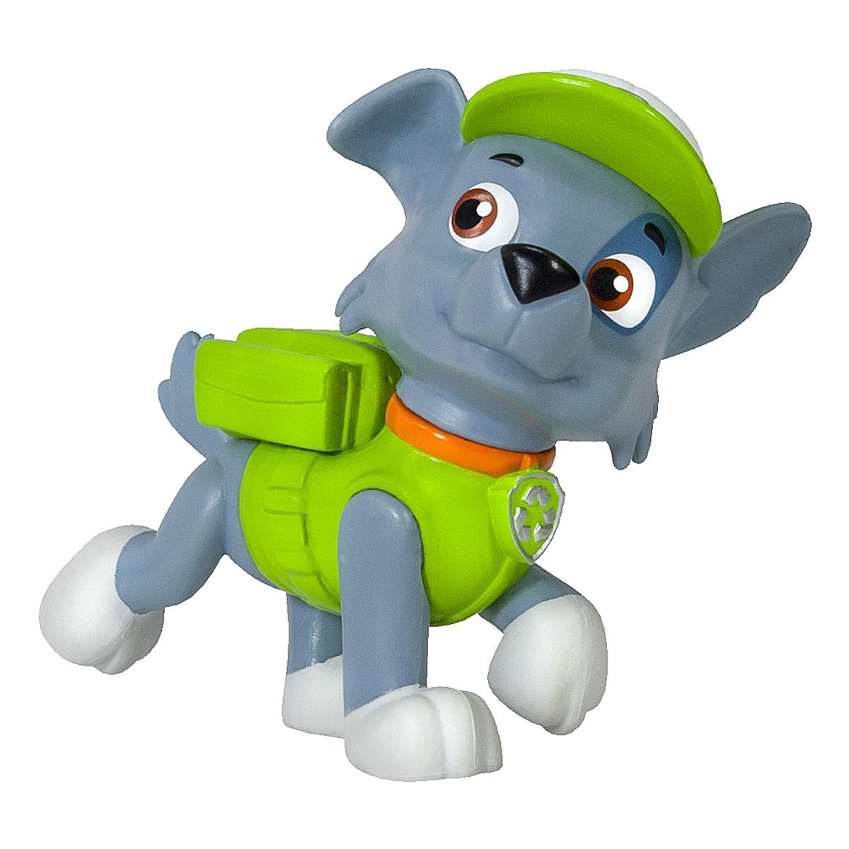Paw Patrol Фигурка Rocky16612 RockyФигурка Paw Patrol Rocky станет отличным подарком для маленьких поклонников мультсериала Щенячий патруль. Рокки это беспородный щенок, отвечающий за ремонт и переработку отходов. Он всегда найдет что-нибудь для решения поставленной задачи, используя подручные материалы. Рокки отличается умом, сообразительностью и находчивостью, всегда полон энтузиазма. Вышеназванные качества делают щенка очень ценным членом команды. Фигурка выполнена из прочного высококачественного пластика в виде серого щеночка с рюкзаком и в кепке. Голова фигурки вращается. Ваш малыш сможет часами играть с этой очаровательной фигуркой, разыгрывая сценки из мультфильма, или придумывая собственные истории.
