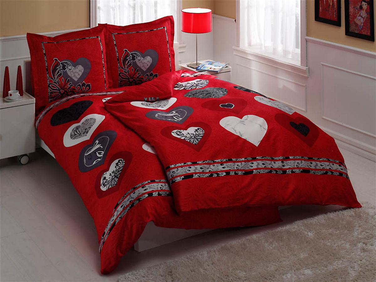 Комплект белья TAC Just Love, семейный, наволочки 70х70, цвет: красный, белый, черный8355Роскошный комплект постельного белья TAC Just Love выполнен из качественного плотного сатина с использованием фирменного нанесения Pano. Комплект состоит из двух пододеяльников, простыни и двух наволочек. Пододеяльник застегивается на пуговицы. Сатин – гладкая и прочная ткань, которая своим блеском, легкостью и гладкостью похожа на шелк, но выгодно отличается от него в цене. Сатин практически не мнется, поэтому его можно не гладить. Ко всему прочему, он весьма практичен, так как хорошо переносит множественные стирки. Доверьте заботу о качестве вашего сна высококачественному натуральному материалу.