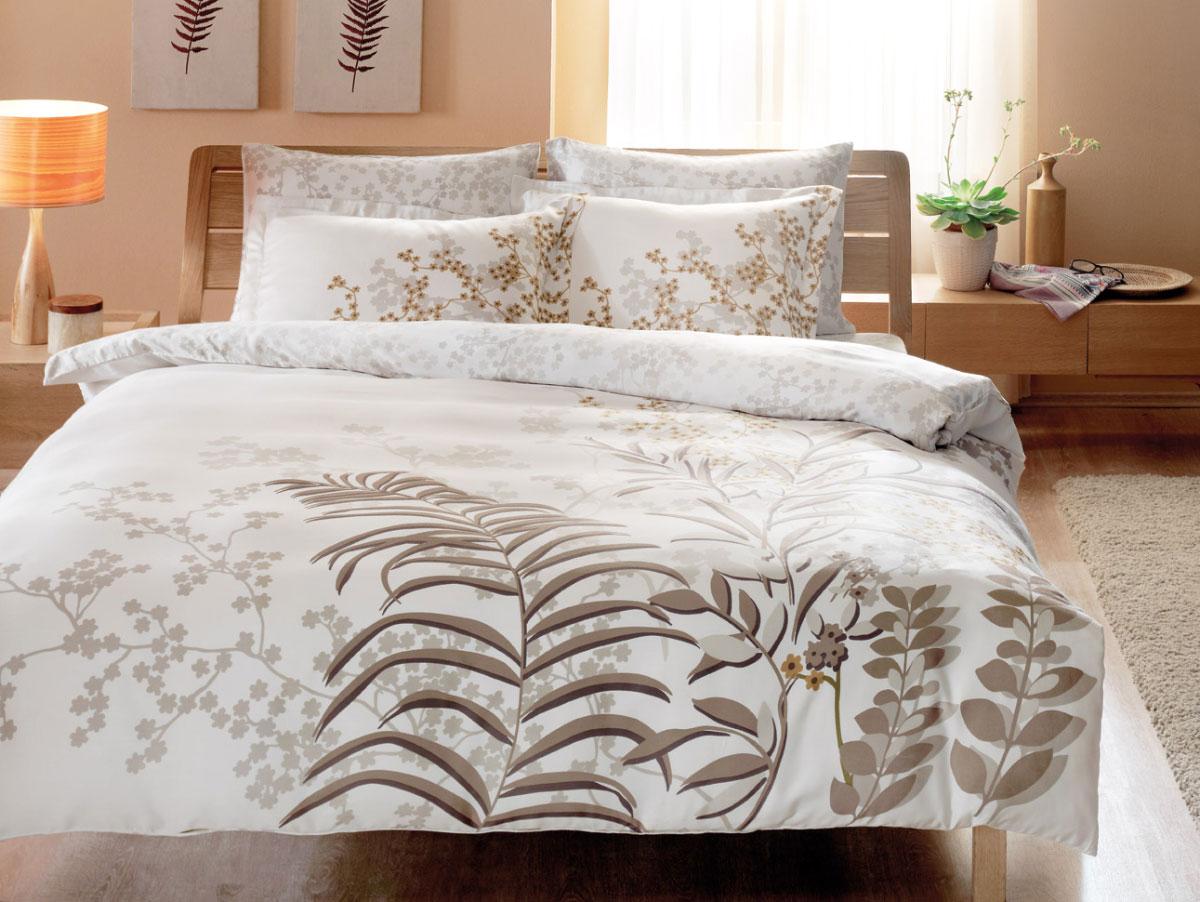 Комплект белья TAC Santiago, 1,5-спальный, наволочки 50х70, цвет: серый, коричневый4241Роскошный комплект постельного белья TAC Santiago выполнен из качественного плотного сатина с использованием фирменного нанесения Pano. Комплект состоит из пододеяльника, простыни и двух наволочек. Пододеяльник застегивается на пуговицы. Сатин – гладкая и прочная ткань, которая своим блеском, легкостью и гладкостью похожа на шелк, но выгодно отличается от него в цене. Сатин практически не мнется, поэтому его можно не гладить. Ко всему прочему, он весьма практичен, так как хорошо переносит множественные стирки. Доверьте заботу о качестве вашего сна высококачественному натуральному материалу.