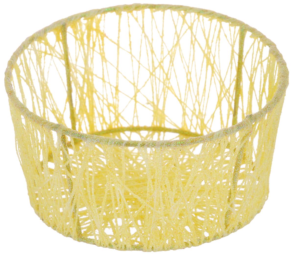 Корзина декоративная Home Queen Паутинка, цвет: желтый, диаметр 14 см66827_3Декоративная корзинка Home Queen Паутинка прекрасно подойдет для хранения пасхальных яиц, а также различных мелочей. Корзинка имеет металлический каркас, обтянутый нитями из полиэстера. Блестки придают изделию особый праздничный вид. Такая корзинка украсит интерьер дома к Пасхе, внесет частичку тепла и веселья в ваш дом.