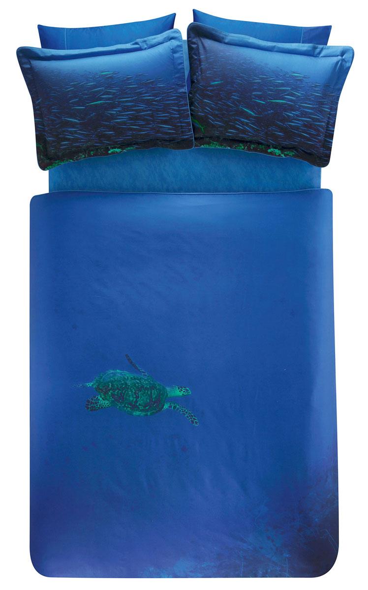 Комплект белья TAC Blue, 2-спальный, наволочки 50х70, цвет: синий3506Роскошный комплект постельного белья TAC Blue выполнен из качественного плотного сатина и украшен изображением красочных морских обитателей и разнообразных растений. Комплект состоит из пододеяльника, простыни и четырех наволочек. Пододеяльник застегивается на пуговицы. Сатин – гладкая и прочная ткань, которая своим блеском, легкостью и гладкостью похожа на шелк, но выгодно отличается от него в цене. Сатин практически не мнется, поэтому его можно не гладить. Ко всему прочему, он весьма практичен, так как хорошо переносит множественные стирки. Доверьте заботу о качестве вашего сна высококачественному натуральному материалу.
