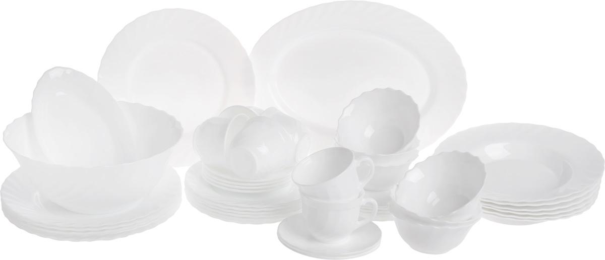 Набор столовой посуды Luminarc Trianon, 44 предметаJ9941Набор Luminarc Trianon состоит из 6 суповых тарелок, 6 обеденных тарелок, 6 десертных тарелок, 6 пирожковых тарелок, большого салатника, 6 малых салатников, блюда, селедочницы, 6 чашек и 6 блюдец. Изделия выполнены из ударопрочного стекла, имеют изящный дизайн и круглую форму. Посуда отличается прочностью, гигиеничностью и долгим сроком службы, она устойчива к появлению царапин и резким перепадам температур. Такой набор прекрасно подойдет как для повседневного использования, так и для праздников или особенных случаев. Набор столовой посуды Luminarc Trianon - это не только полезный подарок для родных и близких, а также великолепное дизайнерское решение для вашей кухни или столовой. Можно использовать в микроволновой печи, мыть в посудомоечной машине. Диаметр суповой тарелки: 24 см. Высота суповой тарелки: 4,2 см. Диаметр обеденной тарелки: 24,5 см. Высота обеденной тарелки: 2,3 см. Диаметр...