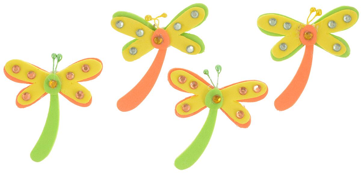 Набор для декорирования Home Queen Стрекоза, на клейкой основе, 4 шт58225_3_СтрекозаНабор Home Queen Стрекоза состоит из 4 декоративных элементов, которые изготовлены из вспененной резины в виде стрекоз. Они крепятся практически на любую поверхность при помощи клейкой основы с обратной стороны. Изделия можно использовать для украшения яиц, посуды, цветочных горшков, ваз и многого другого. Творчество способно приносить массу приятных эмоций не только человеку, который этим занимается, но и его близким, друзьям, родным. Набор Home Queen Стрекоза красиво дополнит интерьер и создаст теплую весеннюю атмосферу. Отлично подойдет для декора дома к Пасхе. Размер элемента: 5 х 5,5 см.