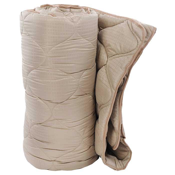 Одеяло TAC M-Jacquard, наполнитель: силиконизированное волокно, цвет: бежевый, 195 х 215 см7122B-8800003637Двуспальное одеяло TAC M-Jacquard подарит вам здоровый и комфортный сон. Чехол одеяла выполнен из гладкого, нежного и приятного на ощупь полиэфира, декорированного принтом в мелкую клетку. Наполнитель одеяла - силиконизированное волокно из полиэфира. Силиконизированное волокно - полое, не склеенное, скрученное лавсановое волокно. Волокно проходит высокую степень силиконизации, тем самым увеличивается его упругость. В изделиях это определяет срок службы. Наполнитель экологически чистый, без запаха, не вызывает аллергии. Изделия с этим наполнителем отлично сохраняют тепло, держат объем, обладая при этом мягкостью и упругостью. Они легкие, гипоаллергенные, свободно пропускают воздух, в них не поселяются вредные микроорганизмы. Одеяло стирается в обычной стиральной машине, быстро сохнет, после стирки восстанавливает свой объем и форму. Одеяло простегано и окантовано, фигурная стежка равномерно удерживает наполнитель внутри и не позволяет ему скатываться. Ваше...