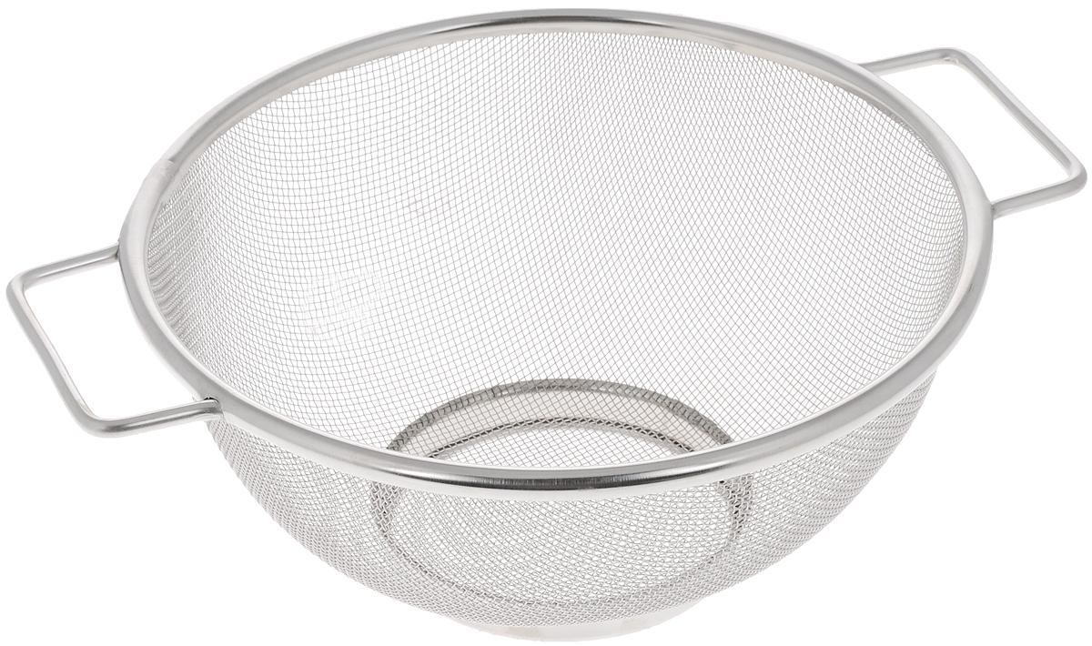 Сито Bekker, диаметр 20 смBK-9220Сито Bekker, выполненное из нержавеющей стали, станет незаменимым аксессуаром на вашей кухне. Предназначено для просеивания муки, промывания круп, ягод и фруктов. Сито оснащено удобными ручками. Прочная стальная сетка и корпус обеспечивают изделию износостойкость и долговечность. Подходит для чистки в посудомоечной машине. Диаметр сита: 20 см. Ширина сита (с учетом ручек): 25 см. Высота сита: 9,5 см.