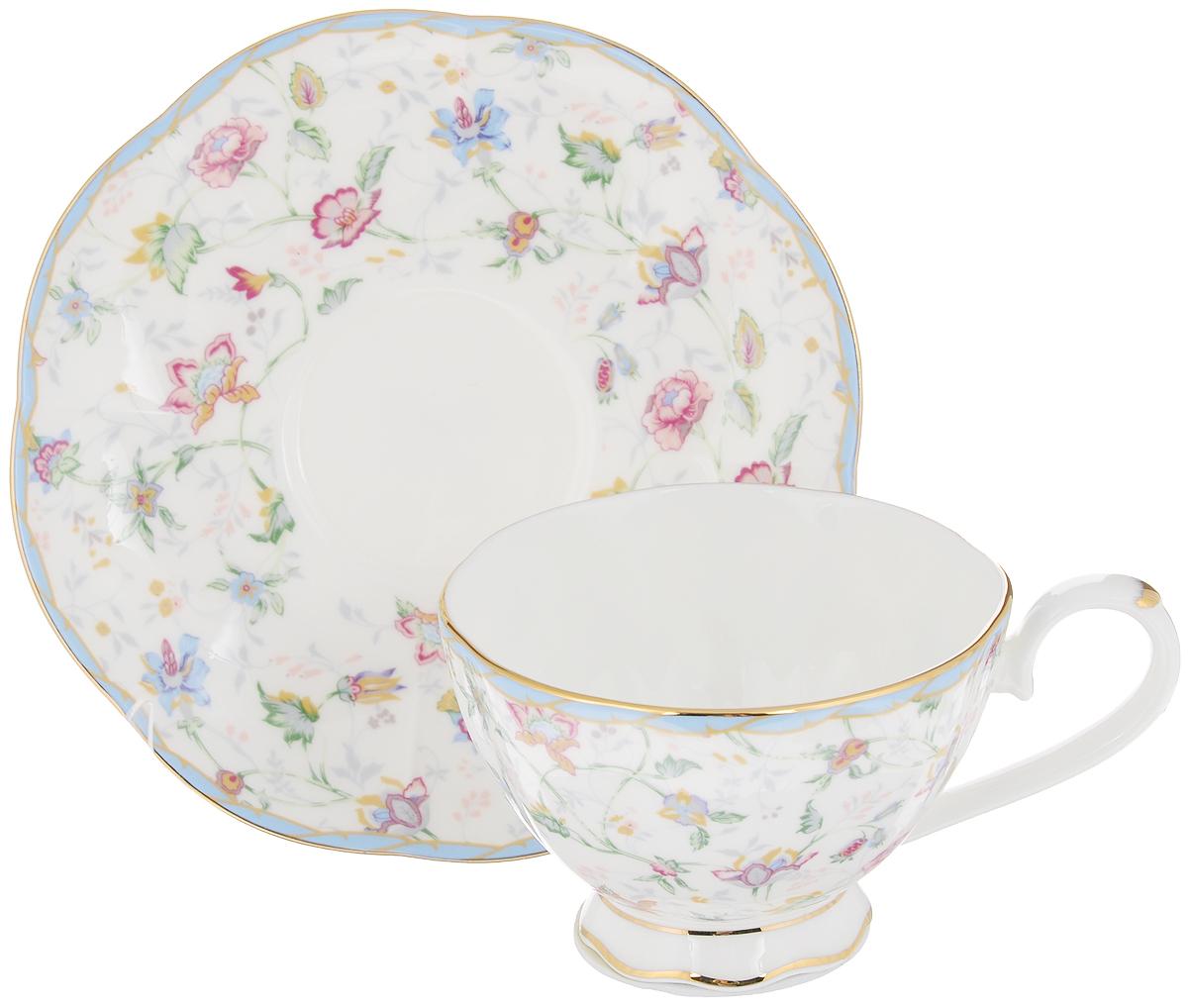 Чайная пара Цветочный каприз, 2 предмета530042Чайная пара Elan Gallery Цветочный каприз состоит из чашки и блюдца, изготовленных из керамики высшего качества, отличающегося необыкновенной прочностью и небольшим весом. Яркий дизайн, несомненно, придется вам по вкусу. Чайная пара Elan Gallery Цветочный каприз украсит ваш кухонный стол, а также станет замечательным подарком к любому празднику. Не рекомендуется применять абразивные моющие средства. Не использовать в микроволновой печи. Объем чашки: 250 мл. Диаметр чашки (по верхнему краю): 10 см. Высота чашки: 6,5 см. Диаметр блюдца: 16 см. Высота блюдца: 2,2 см.