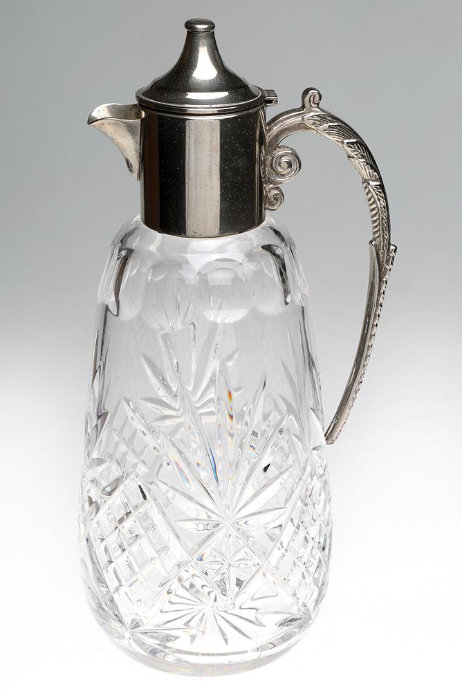 Кувшин с крышкой. Хрусталь, металл, серебрение. Высота 28 см. Великобритания, первая половина ХХ века