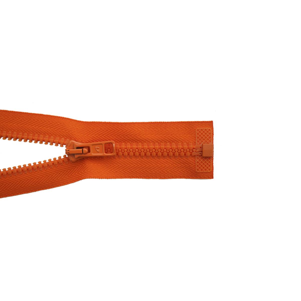 Застежка-молния трактор Arta-F, разъемная (1 замок,Т6) , цвет: оранжевый (005), 70 см19370-005Продукция ARTA-F сертифицирована на Российский, Британский и Латвийский стандарт. Фурнитура ARTA-F изготавливается из европейских материалов, на современном оборудовании, в соответствии с высокими требованиями стандартов. Вся продукция фабрики проходит тесты на качество.Звено застежки-молнии Экстра имеет боковые приливы, которые исключают контакт замка с текстильной лентой, а сокращенный до минимума зазор между замком и приливами звена предохраняет от возможности попадания в замок подкладки, меха, нитей. В то же время эти меры повышают прочность застежки при высоких нагрузках, особенно на изгиб. Применение таких приливов на молниях ARTA-F не только повышает эксплуатационные качества застежки, но и увеличивает прочность крепления звена к ленте, и продлевает срок службы застежек-молний ARTA-F. Такая застежка-молния безопасна, легка в использовании и не повредит одежду.