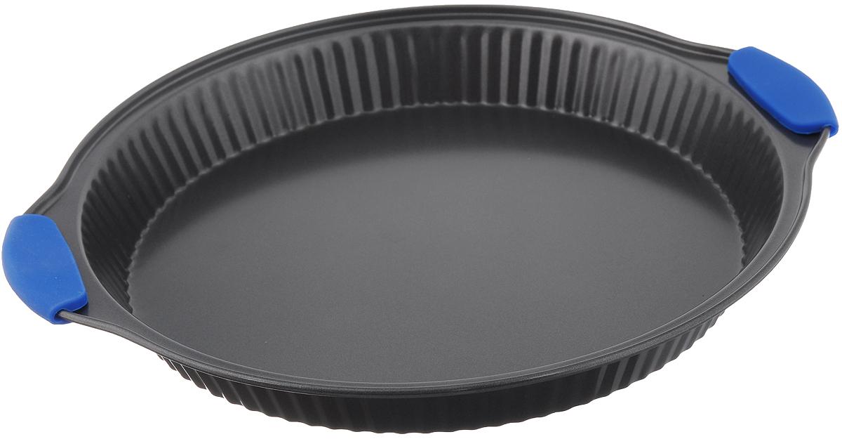 Форма для выпечки Mayer & Boch Unico, с антипригарным покрытием, круглая, цвет: серый, синий, диаметр 28 см20174_серый,синийФорма для выпечки Mayer & Boch Unico изготовлена из углеродистой стали с антипригарным покрытием, благодаря чему пища не пригорает и не прилипает к стенкам посуды. Кроме того, готовить можно с добавлением минимального количества масла и жиров. Антипригарное покрытие также обеспечивает легкость мытья. Боковые стенки посуды рифленые, что придаст вашей выпечке особую аппетитную форму. На ручках имеются силиконовые вставки. Подходит для использования в духовом шкафу. Не подходит для СВЧ-печей. Рекомендуется ручная чистка. Используйте только деревянные и пластиковые лопатки. Внутренний диаметр формы: 28 см. Размер формы (с учетом ручек): 34 х 30,5 см. Высота стенки: 3,8 см.