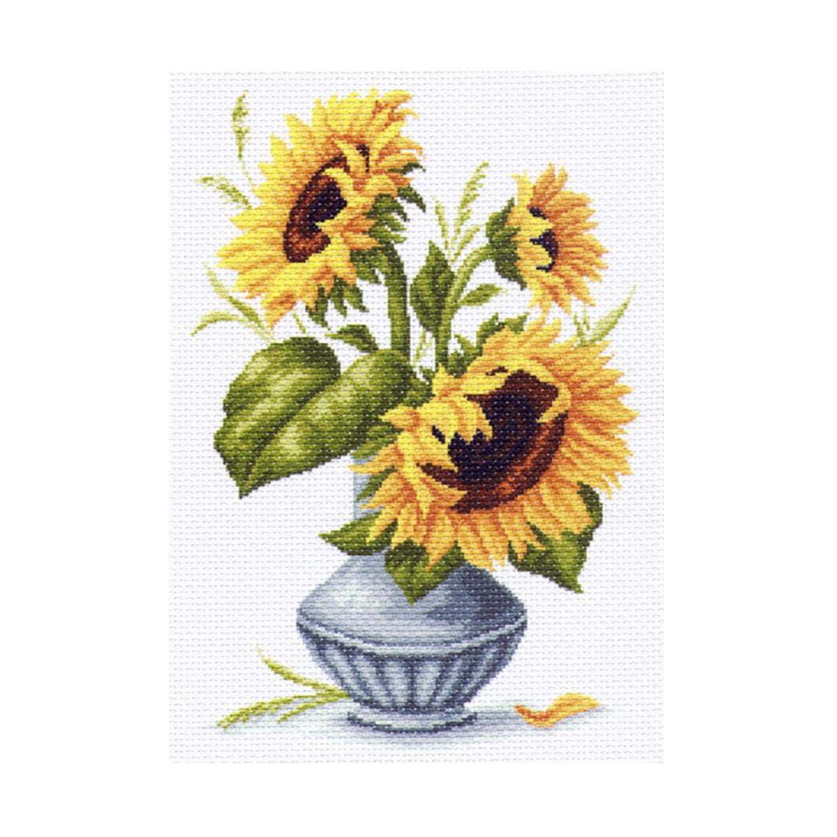 Канва с рисунком Матренин Посад Подсолнухи в вазе, 33 см х 45 см. 1239549905Размер: 33x45 см Рисунок полностью напечатан на канве. Указана цветовая карта ниток. Вышивать рекомендуется мулине в 3 сложения.