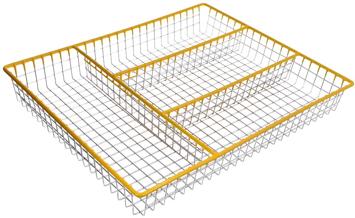 Лоток для столовых приборов Regent Inox Linea Trina, 32,5 х 26,5 х 4,5 см93-TR-05-06Лоток для столовых приборов Regent Inox Linea Trina изготовлен из высококачественной хромированной стали с накладками из мягкого пластика. Изделие предназначено для компактного хранения столовых приборов, ножей и кухонных принадлежностей. Лоток имеет 4 отделения. Размер лотка: 32,5 х 26,5 х 4,5 см. Размер отделений: 22,5 х 8,5 см, 25,5 х 9 см.