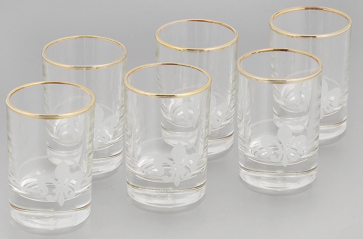 Набор стопок Гусь-Хрустальный Королевская лилия, 60 мл, 6 штEL76-837Набор Гусь-Хрустальный Королевская лилия состоит из 6 стопок, изготовленных из высококачественного натрий-кальций-силикатного стекла. Изделия оформлены красивым зеркальным покрытием, оригинальной окантовкой и матовым орнаментом. Такой набор прекрасно дополнит праздничный стол и станет желанным подарком в любом доме. Разрешается мыть в посудомоечной машине. Диаметр стопки (по верхнему краю): 4,5 см. Высота стопки: 7 см.