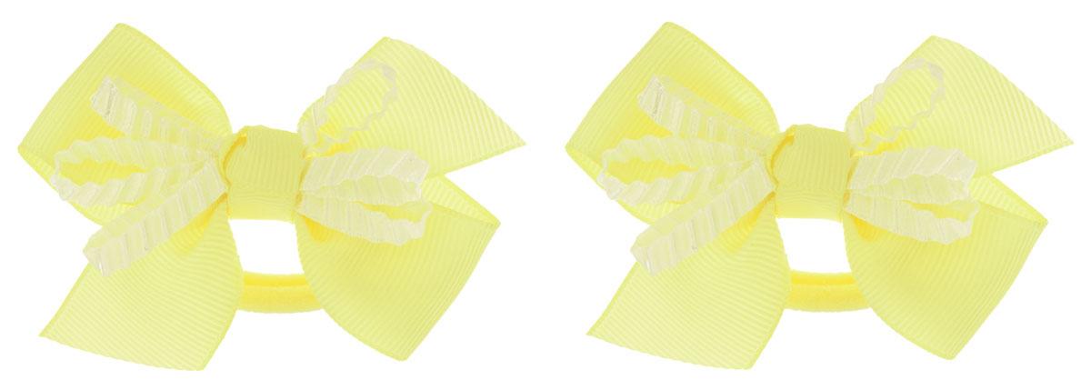 Babys Joy Резинка для волос цвет желтый 2 шт VT 55VT 55_желтый, бант рефленныйРезинка для волос Babys Joy выполнена в виде текстильного банта, украшенного рифленой лентой. Резинка позволит убрать непослушные волосы с лица и придаст образу немного романтичности и очарования. Резинка для волос Babys Joy подчеркнет уникальность вашей маленькой модницы и станет прекрасным дополнением к ее неповторимому стилю.