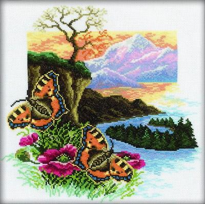 Набор для вышивания RTO Из серии Бабочки Крапивница, 30 см х 30 см. M126M126Мулине на карте, разобранное по цветам, канва, символьная схема, игла, инструкция