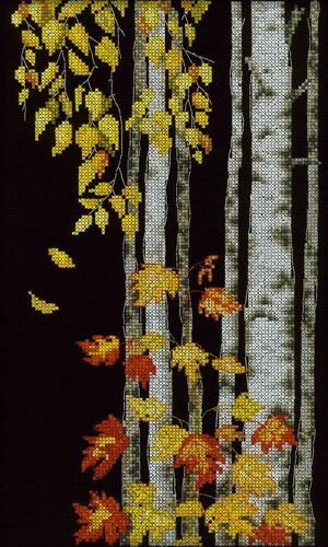 Набор для вышивания RTO Березовый листопад, 18 см х 30 см. M273M273Мулине на карте, разобранное по цветам, канва, символьная схема, игла, инструкция