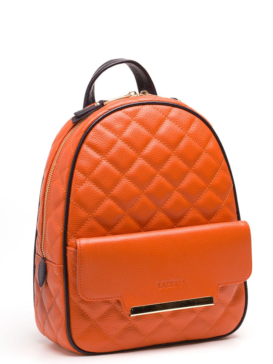 Рюкзак женский Labbra, цвет: оранжевый. L-9915-3L-9915-3Женский рюкзак торговой марки LABBRA из натуральной кожи. Рюкзак закрывается на металлическую молнию. Внутри - одно отделение, в котором есть карман на молнии, карман для мобильного телефона и открытый карман. Рюкзак имеет карман на передней и задней стенках. Высота маленькой ручки - 6 см. Длина лямки рюкзака - 85 см.
