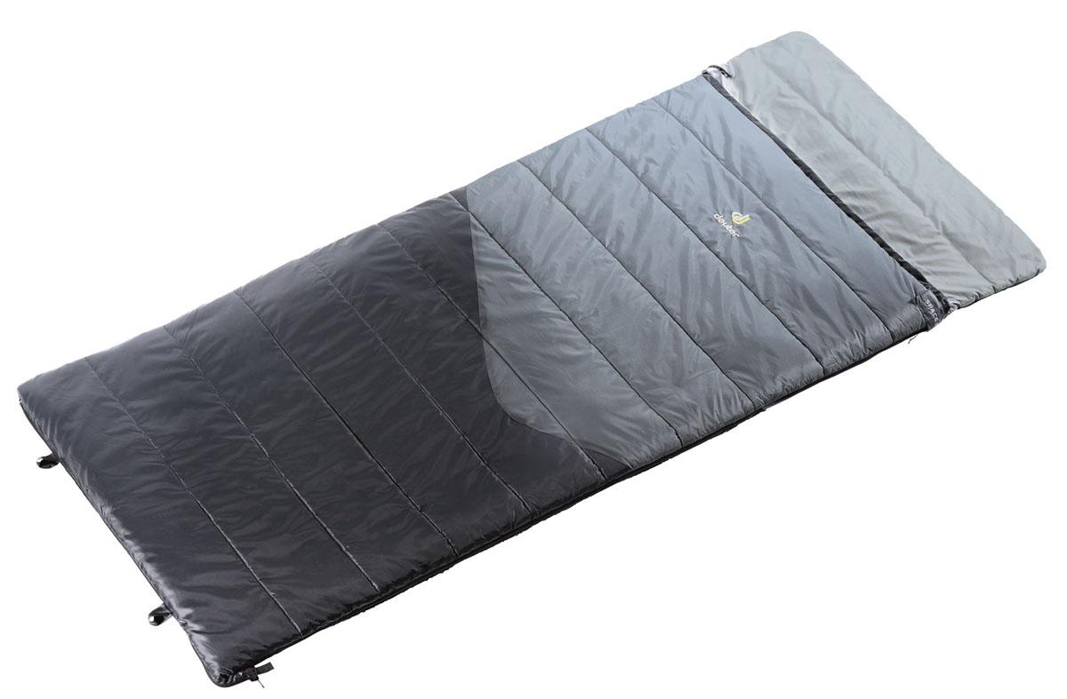 Спальник Deuter 2015 Sleeping Bags Space I, цвет: черный, правосторонняя молния37001_R_4100Семейство Space - идеальные попутчики в походных условиях. Space I идеально согреет вас ночью для комфортабельного отдыха на природе. При расстегивании молнии превращается в плоское одеяло. Подушку можно закрепить с помощью липучки Velcro. Отличный утеплитель и мягкая подкладка обеспечивают комфорт. Space I рассчитан на более теплый климат; Упаковочный чехол для этой модели выполнен в виде сумки, которую можно использовать отдельно, когда она не занята спальным мешком.