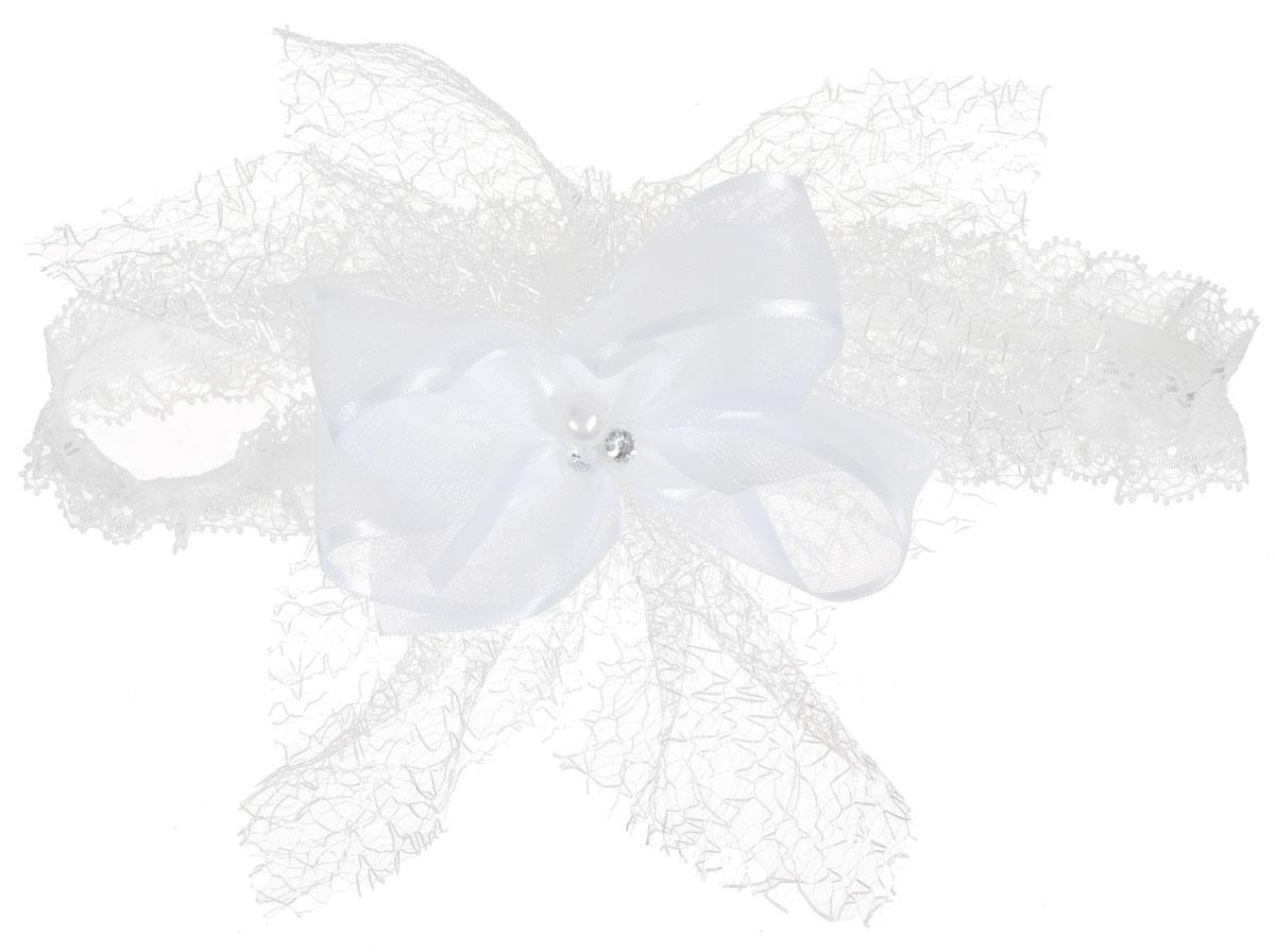 Babys Joy Повязка для волос цвет белый K 14K 14_белый, бусинкиПовязка для волос Babys Joy выполнена из текстиля, с украшением из атласной ленты и сетки паутинки. Декорирована жемчужной бусиной и стразами. Повязка позволит убрать непослушные волосы с лица и придаст образу немного романтичности и очарования. Такая повязка подчеркнет уникальность вашей маленькой модницы и станет прекрасным дополнением к ее неповторимому стилю.