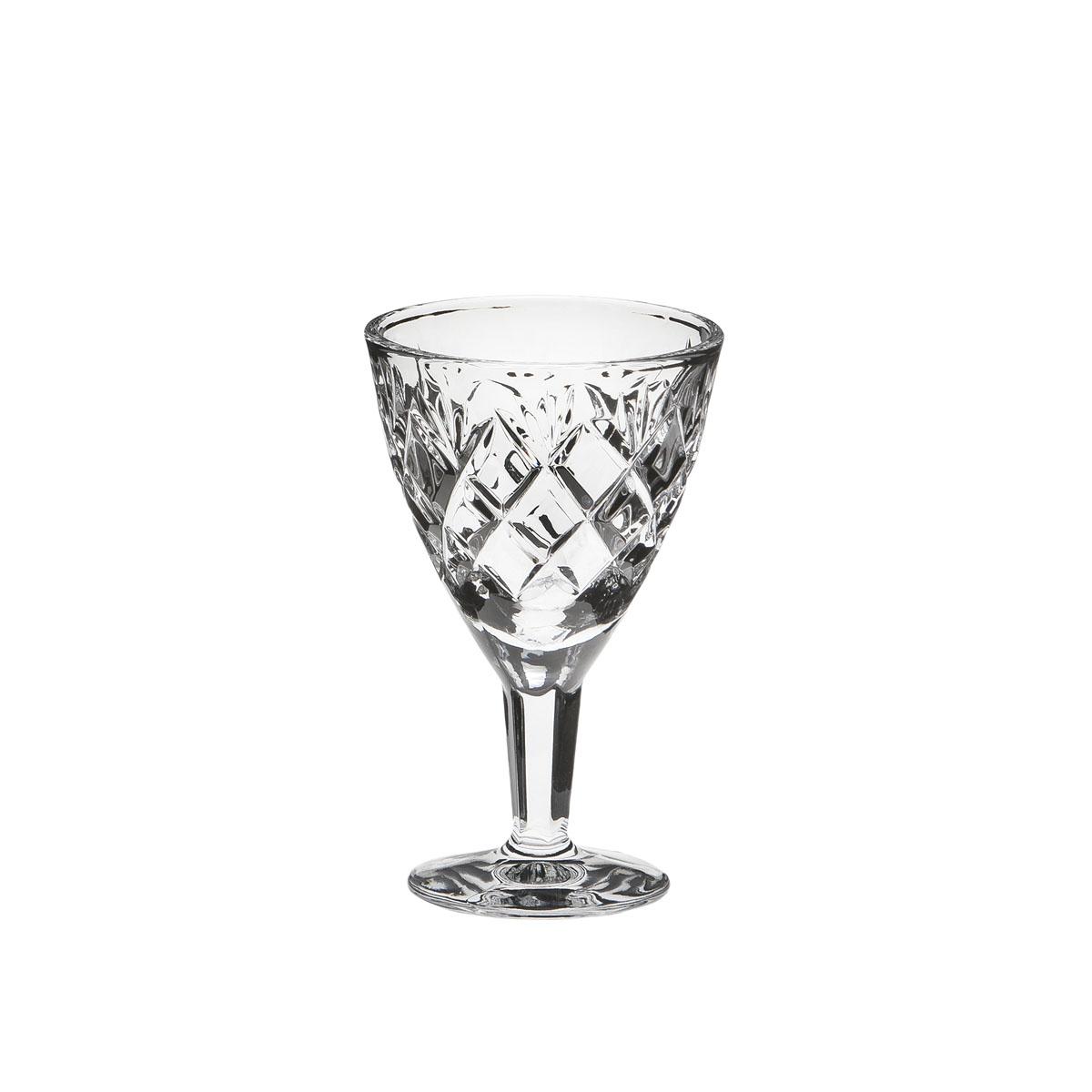 Рюмка Дятьковский хрусталь Сетка. Куст, 50 мл. С213/2С213/2Хрустальные рюмки - пожалуй самая необходимая и прывичная часть посуды в каждом русском доме. Это посуда сугубо для алкогольных напитков. Вообще существует закономерность - чем крепче спиртной напиток, тем меньше объем рюмки, бокала или стопки. Хрустальные рюмки для водки - самые маленькие, а хрустальный рюмки для ликеров, коктейлей и вина - обычно больше.