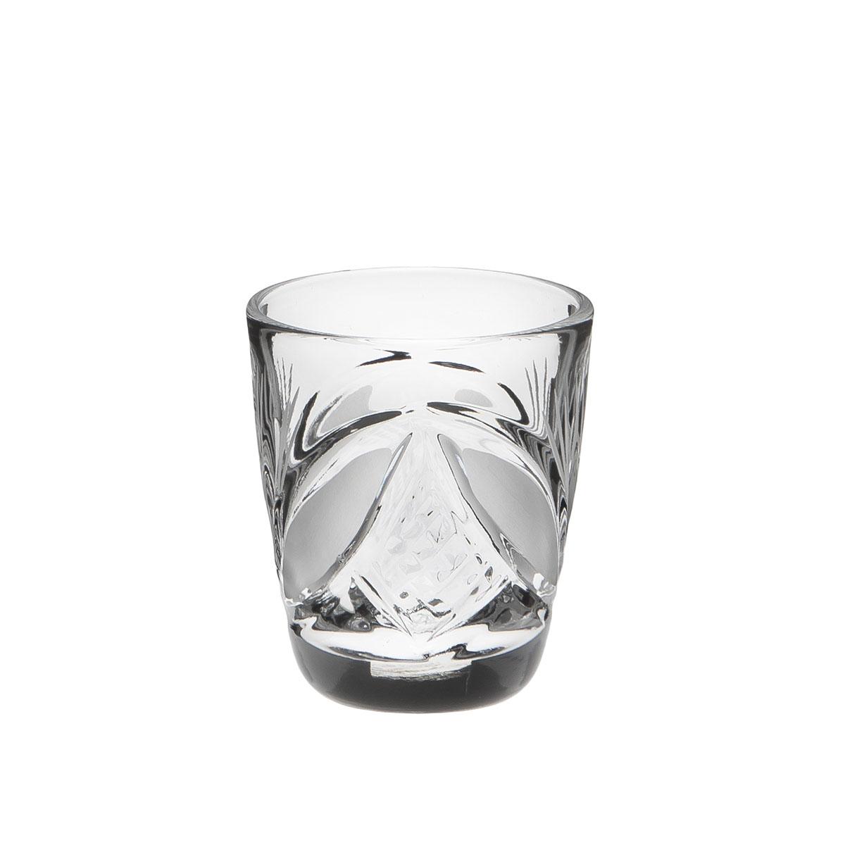 Стакан Дятьковский хрусталь Барыня. Камень, 30 мл. С344/6С344/6Хрустальные стаканы – красивое и простое решение для украшения праздничного стола. Стаканы из хрусталя универсальны, они подойдут и для алкогольных напитков – вина, шампанского, и для освежающих – минеральной воды, компота или сока. Если в вашей домашней коллекции еще нет предметов хрустальной посуды, купить хрустальные стаканы стоит обязательно.