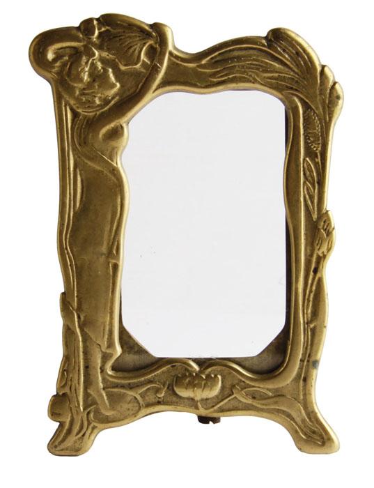 Настольная рамка для фотографий в стиле модерн. Бронза, стекло. Западная Европа, первая четверть XX века