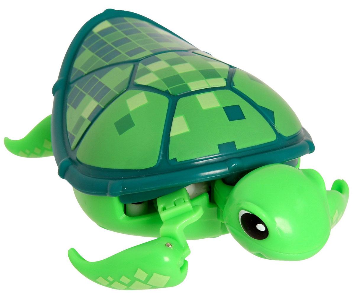 Moose Интерактивная игрушка Черепашка Digi28144/ast28041 (28142, 28143, 28144, 28145)Интерактивная игрушка Moose Черепашка Digi без сомнения заинтригует детей, которые очень любят животных. Игрушка выполнена из прочных материалов и обладает интересным окрасом. От своих живых собратьев черепашка отличается нежной расцветкой. Голова и ласты выкрашены в нежно-зеленый цвет, а ее панцирь украшен разнообразными аппликационными кубиками. На брюшке черепахи находится кнопка для включения - выключения игрушки. Питомец отлично ползает по суше, а так же плавает в воде. При движении черепашка передвигает ластами и шевелит головой словно настоящая. Купание с таким питомцем обязательно вызовет у ребенка неподдельный восторг, даже нелюбимое занятие как мытье головы пройдет незамеченным. Для работы понадобится батарейка типа ААА (в комплект не входит).