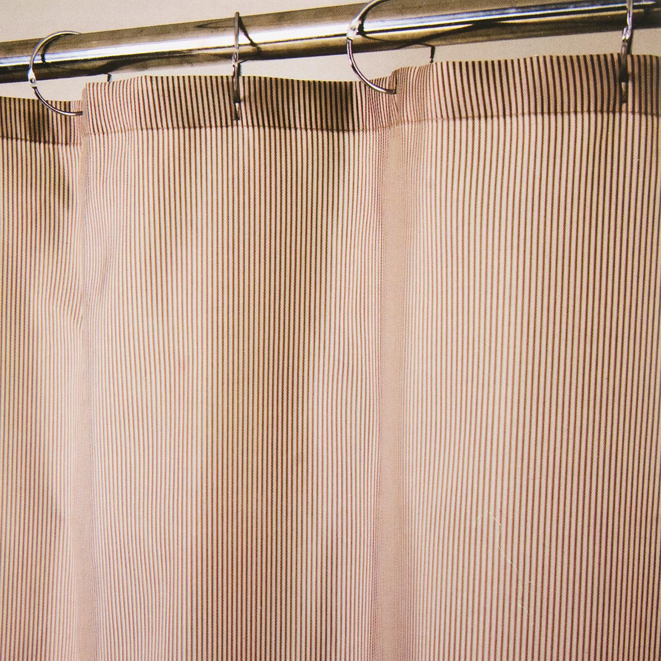 Штора для ванной комнаты Aqva Line Ваниль, с крючками, 180 х 180 см1300083Штора для ванной комнаты Aqva Line Ваниль, изготовленная из высококачественного полиэстера, приятна на ощупь, устойчива к разрывам и проколам, не пропускает воду. Она надежно защитит от брызг и капель пространство вашей ванной комнаты в то время, пока вы принимаете душ, а привлекательный дизайн шторы наполнит вашу ванную комнату положительной энергией.