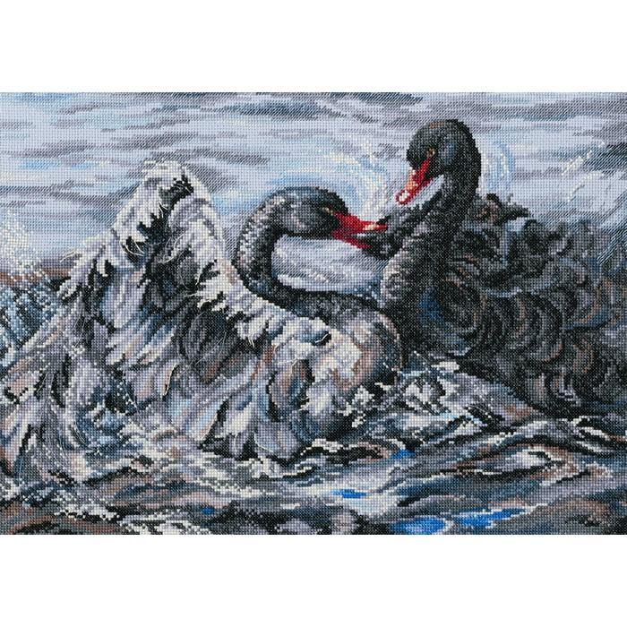 Набор для вышивания РТО Два черных лебедяM557Мулине на карте, разобранное по цветам, канва Аида 14, серого цвета, символьная схема, игла, инструкция