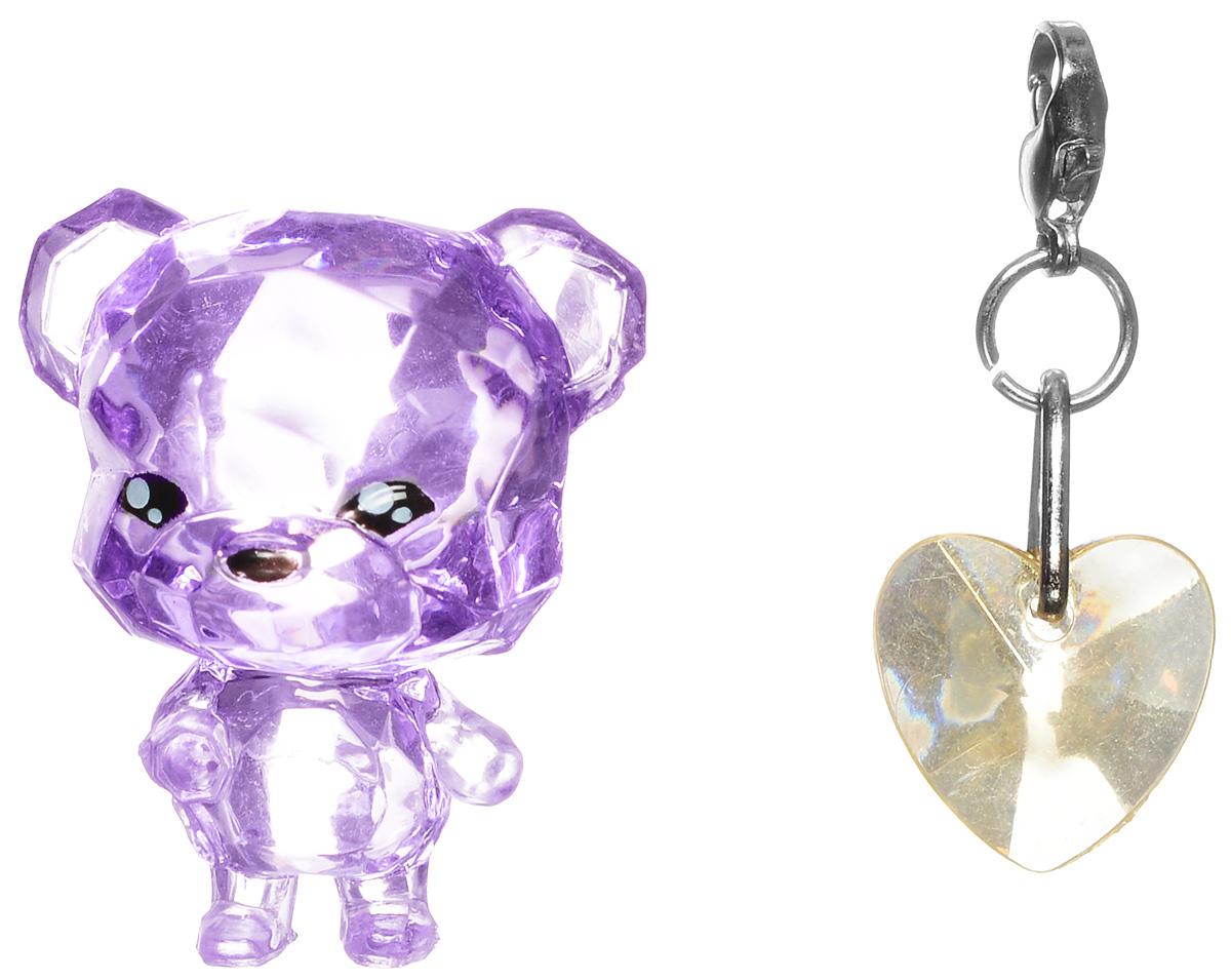 Crystal Surprise Фигурка Медвежонок Sparkles цвет фиолетовый45704_фиолетовыйСамые искристые, самые сияющие малютки-зверюшки собрались здесь, чтобы принести вам удачу! Когда на небе встает солнце вдогонку тающей луне, появляются зверьки Crystal Surprise. Возьмите их в руку - и почувствуете, как они приносят удачу. У каждого зверька Crystal Surprise есть свое предназначение, каждый из них станет вашим талисманом. Носите, дарите их. Соберите их всех, чтобы умножить их магические способности! Предназначение фигурки Crystal Surprise Медвежонок Sparkles - придавать уверенность. Вы просто восхитительны! И вы, и медвежонок - вы сияете, как яркие мерцающие звезды. Возьмите его с собой! С медвежонком вы всегда будете чувствовать себя уверенно! В набор также входит подвеска на удачу!