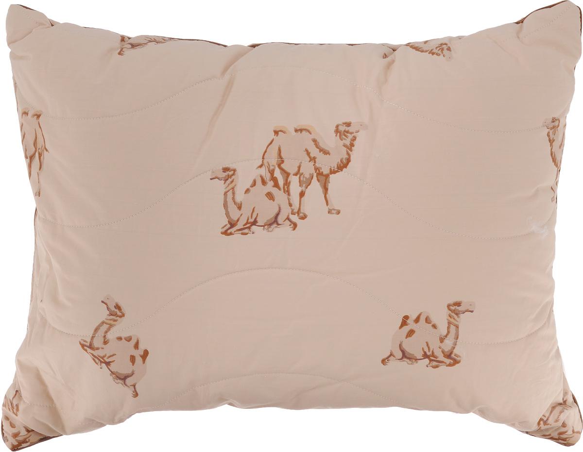Подушка Легкие сны Верби, наполнитель: верблюжья шерсть, 50 x 68 см57(30)02-ВШПодушка Легкие сны Верби поможет расслабиться, снимет усталость и подарит вам спокойный и здоровый сон. Изделие обеспечит комфортную поддержку головы и шеи во время сна. Верблюжья шерсть является прекрасным изолятором и широко используется как наполнитель для постельных принадлежностей. Шерсть обладает отличными согревающими свойствами и способна быстро поглощать влагу, поэтому производимое верблюжьей шерстью целебное тепло называют сухим. Чехол подушки выполнен из прочного тика (100% хлопок) с рисунком в виде верблюдов. Это натуральная ткань, отличающаяся высокой плотностью, она устойчива к проколам и разрывам, а также отличается долговечностью в использовании. Чехол приятен к телу и надежно удерживает наполнитель внутри подушки. По краю подушки выполнена отделка атласным кантом коричневого цвета. Рекомендуется химчистка. Степень поддержки: средняя.