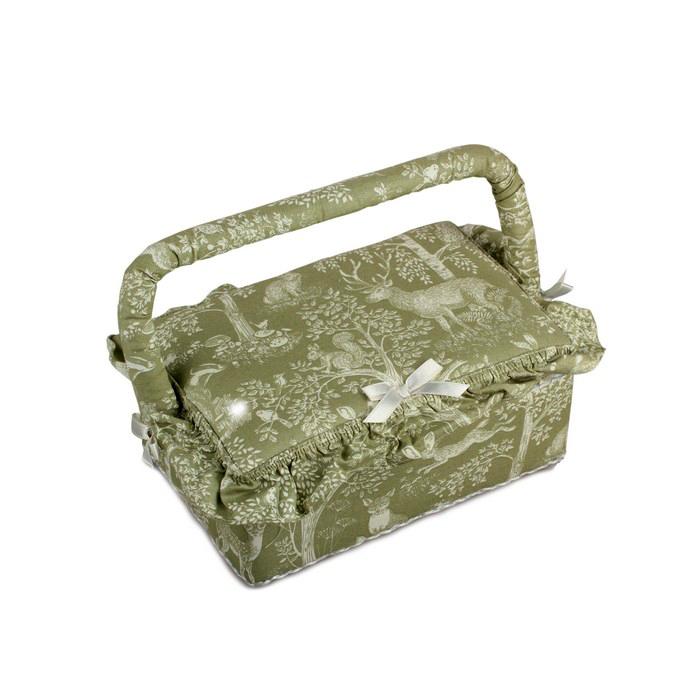 Шкатулка для рукоделия RTO. 3789-RT-093789-RT-09Деревянный каркас (сосна), пластиковые элементы, пластиковый поддон и игольница внутри, обтянута хлопковой тканью