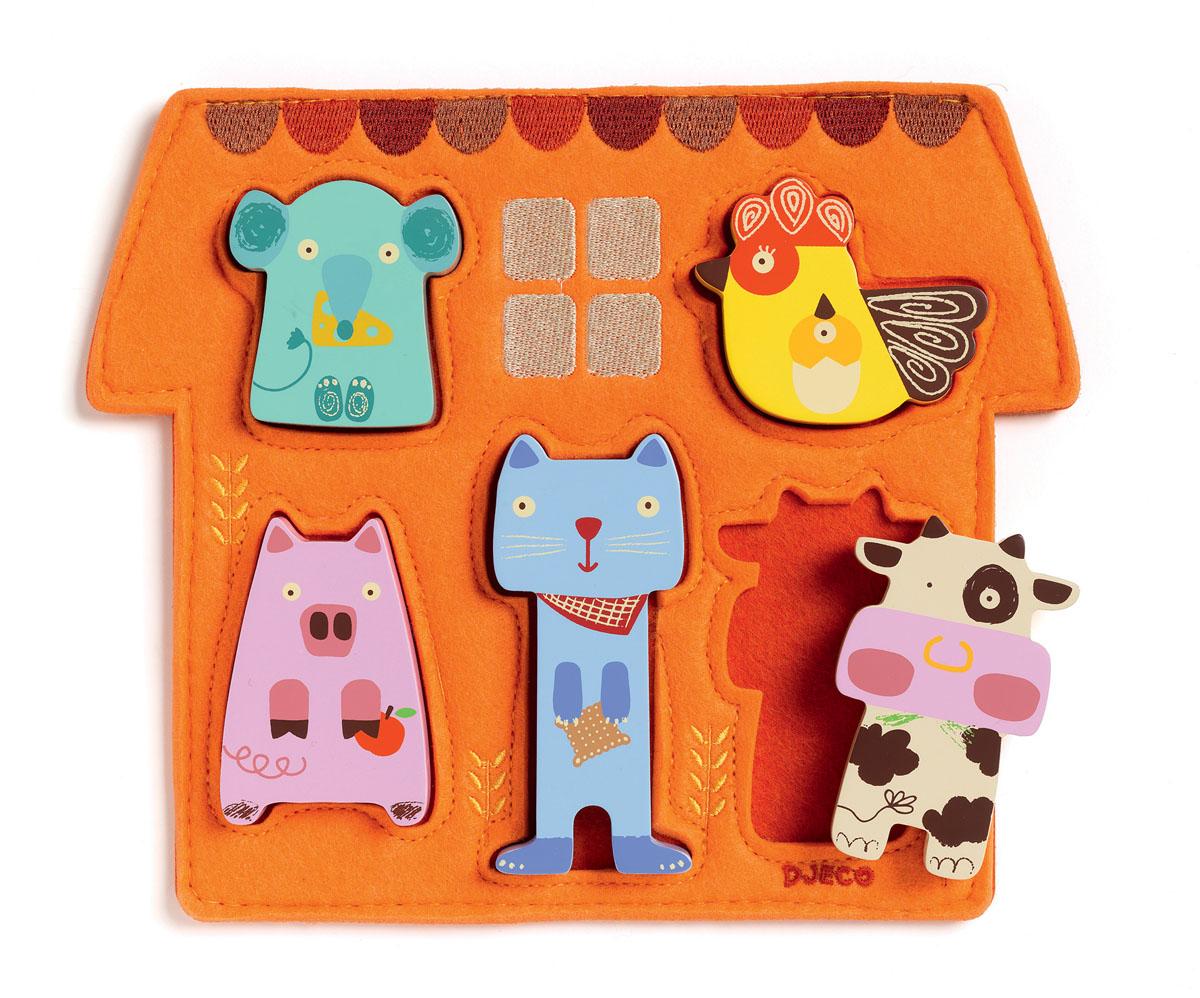Djeco Пазл для малышей Барита01038Рамка-вкладыш Барита от французского производителя Djeco – великолепная развивающая игрушка для ребенка от 1 года. На текстильной основе яркого оранжевого цвета есть отверстия, которые малыш должен заполнить фигурками животных. Яркие деревянные формочки в виде мышки, петушка, свинки, котенка и коровки порадуют малыша и позволят ему самостоятельно заполнить домик для животных. Яркие контрастные изображения позволят ребенку выучить основные цвета. Игра с рамкой прекрасно развивает понимание форм, объемов, а также помогает стать ребенку более сообразительным.