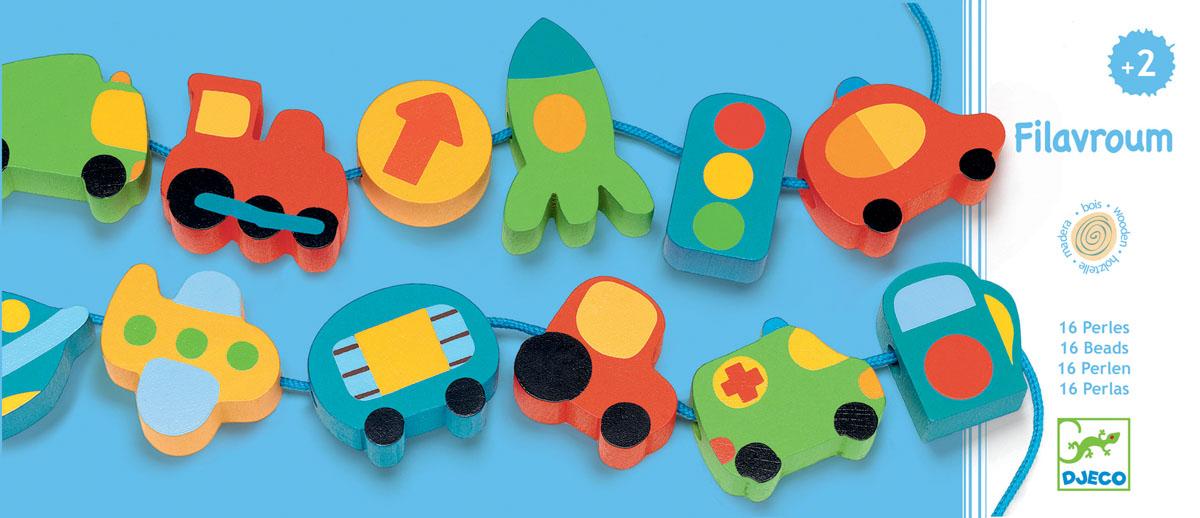 Djeco Шнуровка-бусы Город06169Шнуровка бусы Город от французского производителя игрушек Djeco – яркая и интересная развивающая игрушка. В наборе малыш найдет 2 длинных прочных веревочки и 16 деревянных ярких фигурок. Ребенок должен надеть фигурки на веревочки и собрать бусики. Фигурки очень яркие и интересные, здесь есть различные машинки, светофор и дорожные знаки. Набор прекрасно развивает смекалку ребенка, внимательность и мелкую моторику. Учит его усидчивости. Набор продается в красивой коробке и идеально подходит для подарка. Все детали изготовлены из высококачественных материалов.
