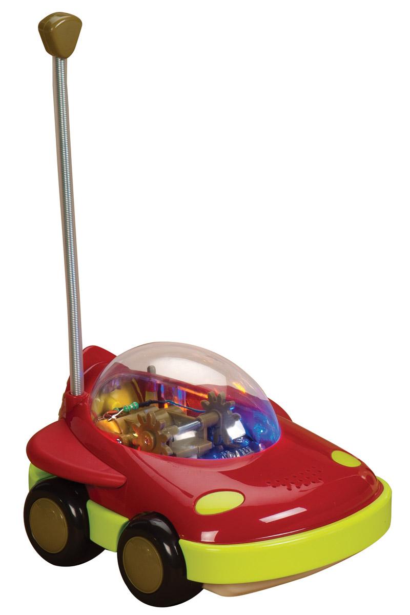 B.Dot Машинка на радиоуправлении цвет красный68687Машинка на радиоуправлении B.Dot - первая игрушка вашего ребенка на дистанционном управлении. Пульт разработан специально для маленьких ручек. Машинка гудит, мигает огоньками и кружится. Столкнувшись с препятствием, машинка разворачивается. С помощью одной кнопки ваш малыш управляет целым миром или, по меньшей мере, очень важной его частью. Для работы машинки рекомендуется докупить 4 батарейки напряжением 1,5V типа АА (товар комплектуется демонстрационными). Для работы пульта управления необходимо купить 1 батарейку типа Крона (в комплект не входит).