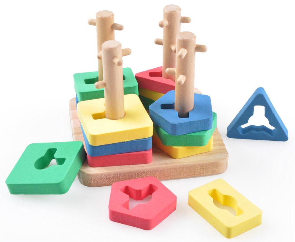 Lucy&Leo Сортер Логический квадрат малыйLL111Эта необычная пирамидка станет отличным подарком для вашего ребенка! Колышки специальной формы позволяют собирать в столбик фигурки одной формы. Все фигурки сделаны из специального материала EVA, который приятен на ощупь, эластичен и не вызывает аллергии. Такая конструкция поможет малышу легко и безопасно познакомиться с разными формами, цветами, улучшит координацию и логическое мышление.