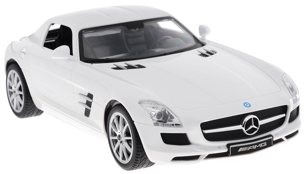 TopGear Радиоуправляемая модель Mercedes-Benz SLS AMG цвет белыйТ56691_белыйВсе мальчишки любят мощные крутые тачки! Особенно если это дорогие машины известной марки, которые, проезжая по улице, обращают на себя восторженные взгляды пешеходов. Радиоуправляемая модель TopGear Mercedes-Benz SLS - это детальная копия существующего автомобиля в масштабе 1:14. Машинка изготовлена из прочного легкого пластика; колеса прорезинены. При движении передние и задние фары машины светятся. При помощи пульта управления автомобиль может перемещаться вперед, дает задний ход, поворачивает влево и вправо, останавливается. Встроенные амортизаторы обеспечивают комфортное движение. В комплект входят машинка, пульт управления, зарядное устройство (время зарядки составляет 4-5 часов), аккумулятор и 2 батарейки. Автомобиль отличается потрясающей маневренностью и динамикой. Ваш ребенок часами будет играть с моделью, устраивая захватывающие гонки. Машина работает от аккумулятора 500 mAh напряжением 6V (входит в комплект). Пульт управления работает...