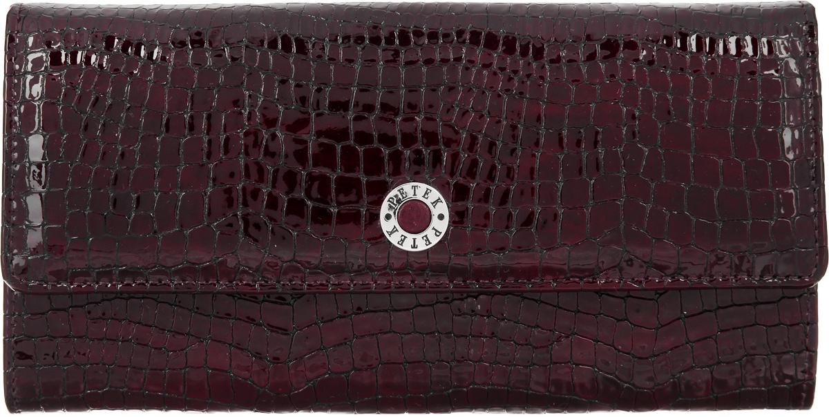Портмоне женское Petek 1855, цвет: бордовый. 440.091.03440.091.03 BurgundyЭлегантное женское портмоне Petek 1855 выполнено из натуральной кожи с лаковым покрытием и фактурным тиснением под кожу рептилии. Оформлено портмоне металлической фурнитурой с символикой бренда. Изделие закрывается клапаном на кнопку, внутри содержит: три отделения для купюр, два кармашка для мелких документов, двенадцать карманов для кредитных карт и отделение для монет, закрывающееся на застежку-молнию. Снаружи, на задней стороне изделия, расположены: вместительный открытый кармашек и врезной карман на молнии. Изделие упаковано в коробку из плотного картона с логотипом фирмы. Это очаровательное портмоне непременно подойдет к вашему образу, порадует стилем и функциональностью.