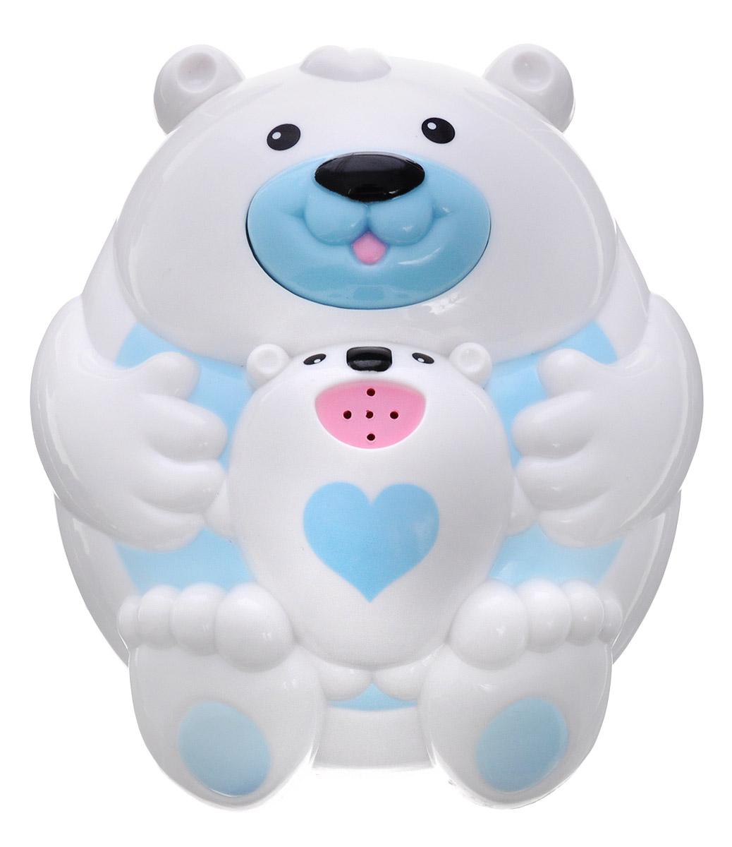 Alex Toys Игрушка для ванной Полярный медвежонок841BИгрушка для ванной Alex Toys Полярный медвежонок поможет увлечь ребенка в процессе купания, особенно если он боится воды. Игра в ванной - это не только весело, но и полезно. Игрушка выполнена в виде милого медвежонка с детенышем. Игрушка отлично держится на воде и может плавать в ванной, не боясь шампуней и погружений под воду. При нажатии на нос медведя игрушка выпускает фонтанчик воды. Эта замечательная игрушка поможет ребенку в игровой форме развить цветовое и звуковое восприятие, причинно- следственные связи и мелкую моторику рук. Для работы игрушки необходимо купить 2 батарейки типа ААА (не входят в комплект).