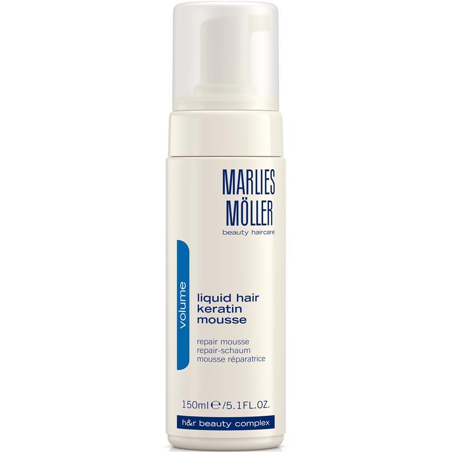 Marlies Moller Мусс Volume восстанавливающий структуру волос, 150 мл25MMsМусс делает тонкие волосы более плотными, на ощупь более густыми. Это средство можно назвать кератиновым ламинированием в домашних условиях. Жидкий кератин содержится в виде пены, восстанавливает кутикулу волос, замещает повреждения, обволакивает каждый отдельный волос. Делает волос более плотным. Придает ощутимый объем и силу. Дарит волосам блеск. Облегчает расчесывание. Создает основу для стайлинга. Уникальная формула не требует утюжков. Ремонтирует кутикулу, замещает повреждения. Волосы становятся более плотными, сильными, появляется ощущение густоты - объема. Возьмите небольшое количество средства в ладони. Нанесите на подсушенные полотенцем волосы. Затем, используйте фен для активации средства. Укладывайтесь как обычно.