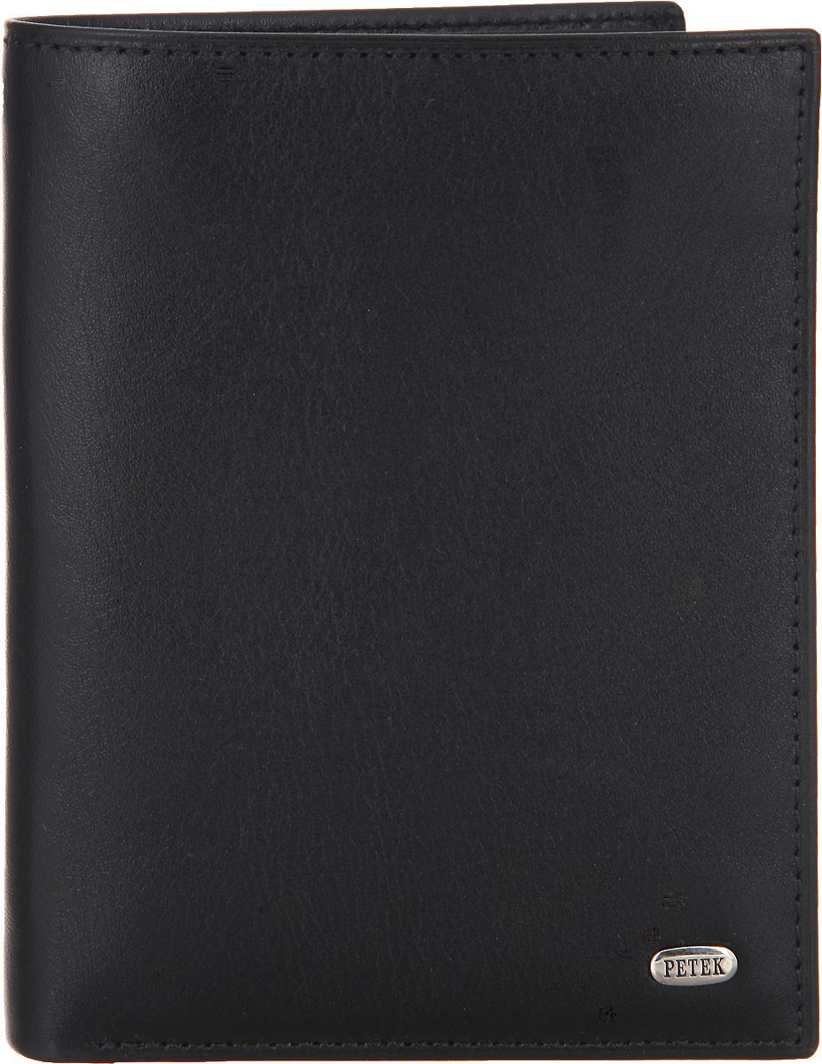 Портмоне мужское Petek 1855, цвет: черный. 211.000.01211.000.01 BlackСтильное мужское портмоне Petek 1855 выполнено из натуральной кожи с гладкой фактурой, оформлено металлической фурнитурой с символикой бренда. Изделие раскладывается пополам. Внутри портмоне расположены: два отделения для купюр, два потайных кармашка, четыре прорезных кармана для пластиковых карт, карман для мелких бумаг и отделение для монет, закрывающееся клапаном на кнопку. Портмоне оснащено съемным блоком для документов, который включает в себя два сетчатых кармана, открытый карман и три прорезных кармашка для пластиковых карт. Съемный блок можно использовать как самостоятельный аксессуар. Изделие упаковано в коробку из плотного картона с логотипом фирмы. Такое практичное портмоне станет отличным подарком для человека, ценящего качественные и необычные вещи.