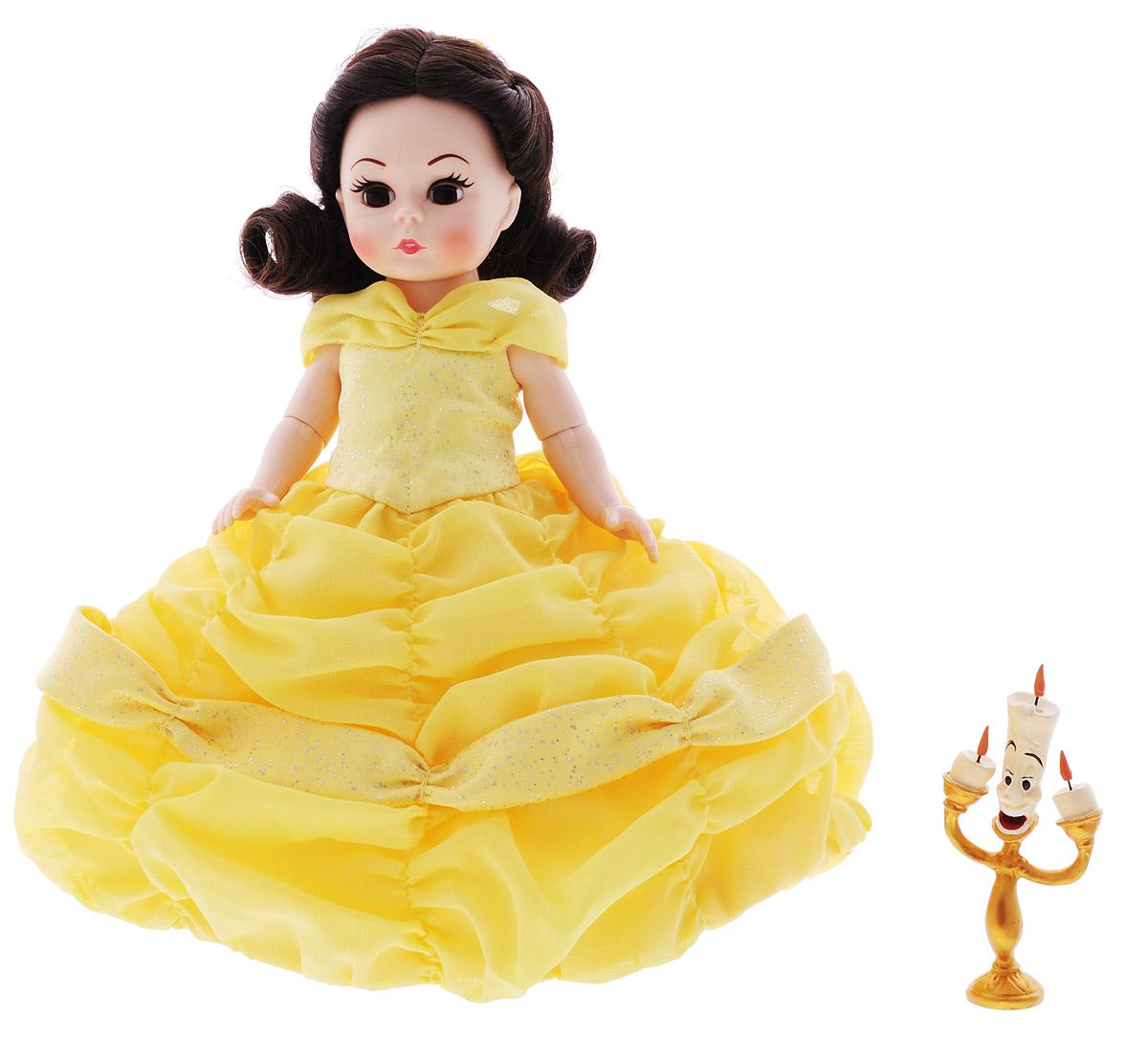 Madame Alexander Мини-кукла Белль64165Мини-кукла Madame Alexander Белль - кареглазая красавица с длинными кудрявыми локонами. Кукла одета в роскошное бальное платье без рукавов, корсет украшен желтым шифоном, пышная каскадная юбка драпирована желтым шифоном на белой тюли и блестящим сатином, подъюбник из тафты и прозрачные колготки. Волосы украшены желтой ленточкой. Сопровождает Белль ее хороший друг подсвечник - Люмьер. Руки, ноги и голова куклы подвижны. Реалистичные глазки куклы закрываются, если положить ее на спину. Мини-кукла Madame Alexander Белль станет прекрасным украшением любой коллекции.