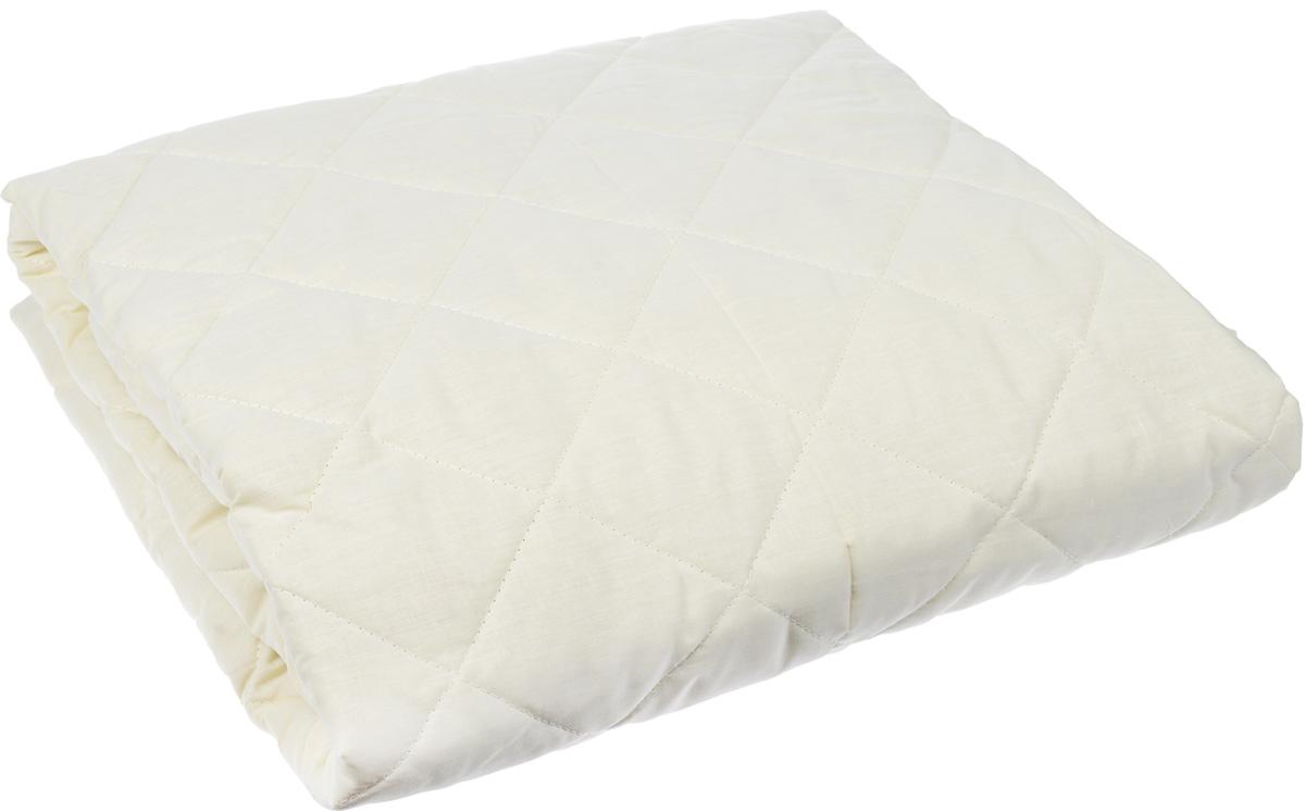 Наматрасник Легкие сны, наполнитель: овечья шерсть, 160 х 200 смНМ-160-ОШНаматрасник Легкие сны защитит ваш матрас от загрязнений, влаги и пыли, значительно продлевая срок его службы. В качестве наполнителя используется овечья шерсть. Шерсть овцы, благодаря волнистой структуре, хорошо сохраняет тепло и держит форму. Наматрасник, наполненный этим волокном, очень мягкий, легкий и обладает энергетикой натурального материала. Наличие в шерсти ланолина придает изделиям лечебно-профилактические свойства. Проникая в поры кожи, животный жир способствует уменьшению болей в спине. Такой наматрасник станет находкой для людей, страдающих радикулитом. Чехол изделия пошит из поликоттона, прочного и простого в уходе материала, не теряющего своих первоначальных свойств даже при частых стирках. Чехол простеган фигурной строчкой, поэтому наполнитель равномерно распределен внутри и не скатывается. Наматрасник фиксируется по углам при помощи эластичных лент, которые прочно удерживают изделие и не позволяют ему смещаться во...