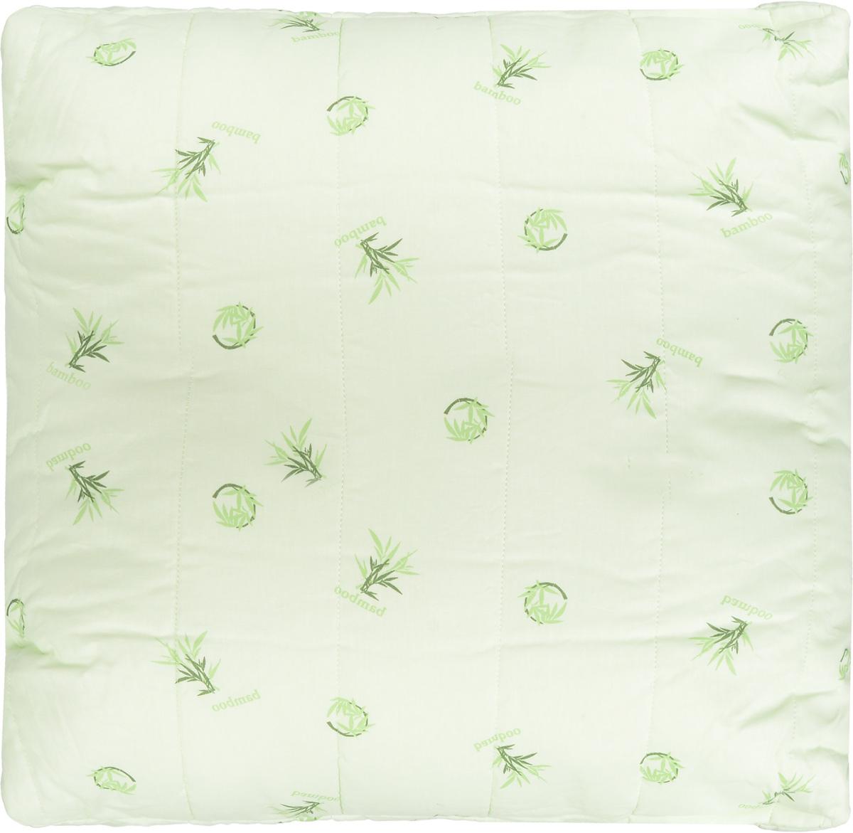Подушка Легкие сны Бамбук, наполнитель: бамбуковое волокно, 68 x 68 см77(40)04-БВПодушка Легкие сны Бамбук подарит комфорт и уют во время сна. Чехол выполнен из 100% хлопка. Волокно бамбука - это натуральный материал, добываемый из стеблей растения. Он обладает способностью быстро впитывать и испарять влагу, а также антибактериальными свойствами, что препятствует появлению пылевых клещей и болезнетворных бактерий. Изделия с наполнителем из бамбука легко пропускают воздух, создавая охлаждающий эффект, поэтому им нет равных в жару. Они отличаются превосходными дезодорирующими свойствами, мягкие, легкие, нетребовательны в уходе, гипоаллергенные и подходят абсолютно всем. Основные свойства волокна: - дезодорирующий эффект; - антибактериальные свойства; - гипоаллергенные свойства. Подушку можно стирать в стиральной машине. Степень поддержки: средняя.