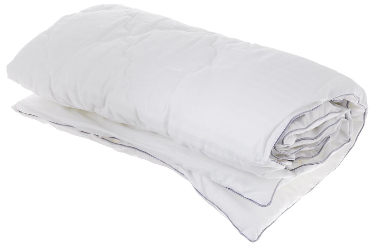 Одеяло легкое Легкие сны Элисон, наполнитель: лебяжий пух, 110 x 140 см110(42)03-ЛПОЛегкое стеганное одеяло Легкие сны Элисон подарит вам непревзойденную мягкость и нежность. В качестве наполнителя используется синтетический сверхтонкий и практически невесомый материал, названный лебяжьим пухом. Изделия с наполнителем из искусственного пуха легкие, мягкие и не вызывают аллергии, хорошо пропускают воздух, за ними легко ухаживать. Важно заметить, что синтетический пух столь же легок и приятен на ощупь, что и его натуральный прототип. Чехол изделия выполнен из сатина (100% хлопка). Рекомендации по уходу: Деликатная стирка при температуре воды до 30°С. Отбеливание, барабанная сушка и глажка запрещены. Разрешается деликатная химчистка.
