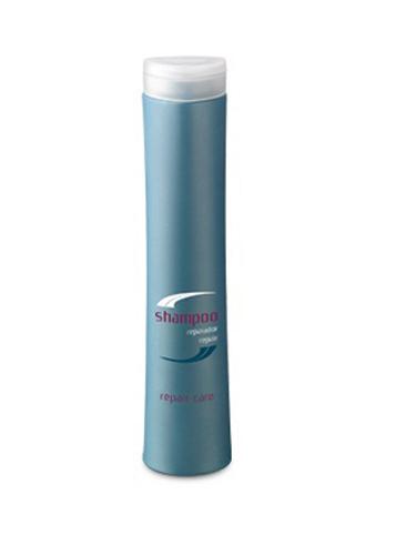 Periche Шампунь восстанавливающий Shampoo repair 250 мл659267Periche Шампунь восстанавливающий Shampoo repair Восстанавливающий шампунь мягко моет, укрепляет внутреннюю структуру, питает поврежденные ослабленные волосы, придавая им блеск.