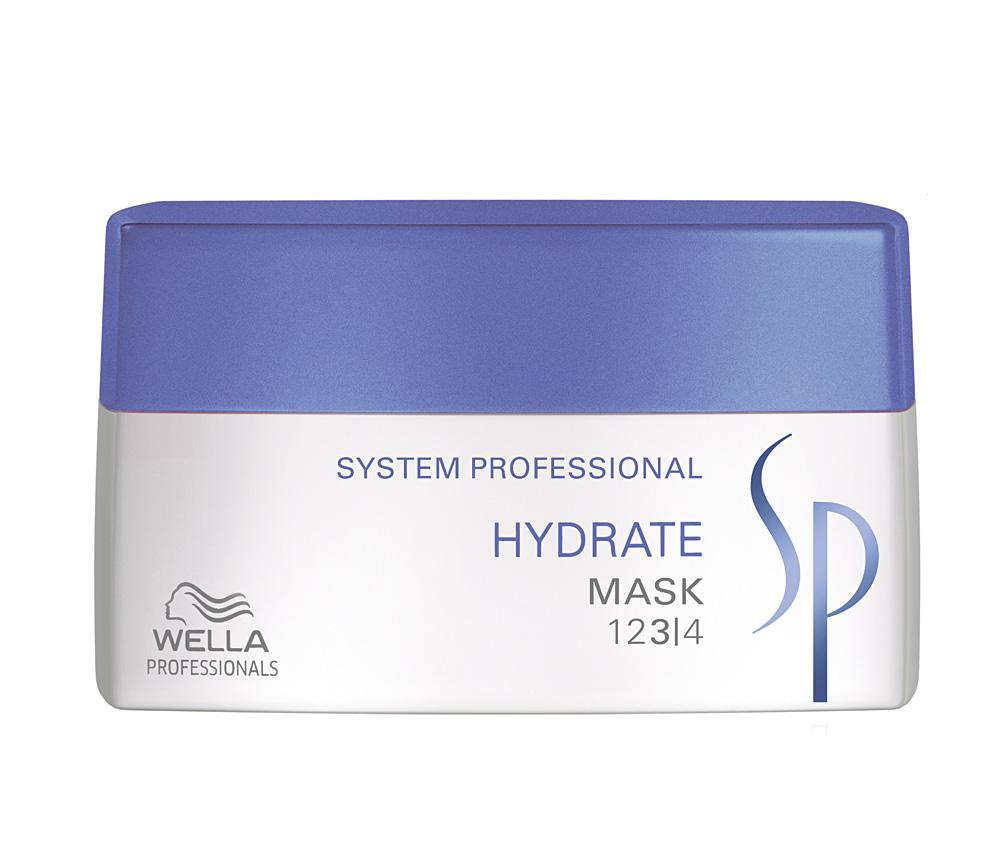 Wella SP Увлажняющая маска Hydrate Mask, 200 мл81386746Wella SP Hydrate Mask предназначена для интенсивного увлажнения волос. Средство разработано для cухой кожи головы. Благодаря глюкозе, глицерину и пантенолу, которые входят в состав Wella SP Hydrate Mask, средство предотвращает пересыхание волос и придает локонам эластичность.